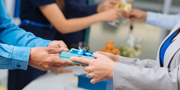 5 Ways You Can Get The Most Out Of Your Corporate Gifts